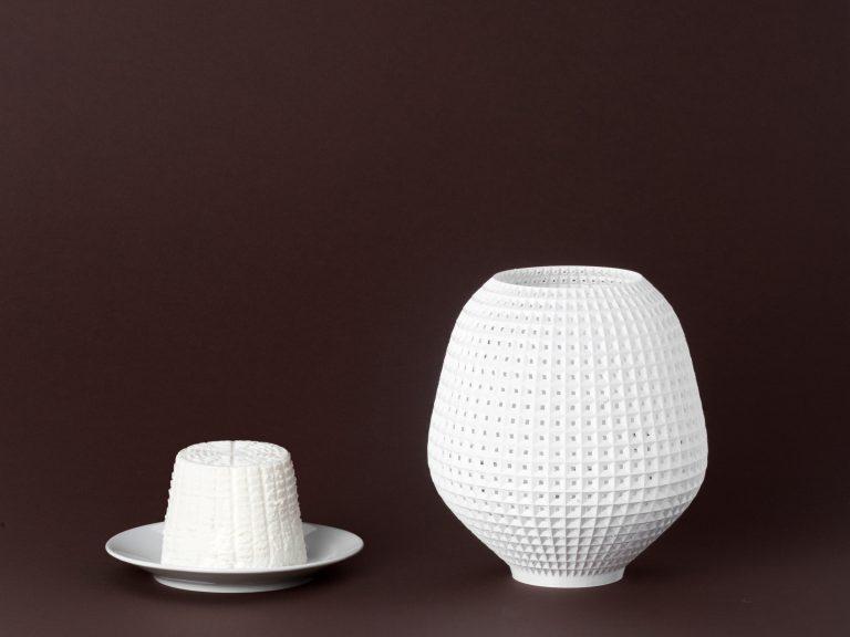 Per [para]lumetrica è una lamapada stampata in 3D. Un progetto di product design de lamatilde, a Torino.